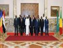 السيسي مع عدد من القادة الإفريقيين