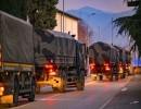 وسار رتل الشاحنات في تشييع جماعي إلى المحرقة