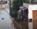شاهد : مصرع العشرات جراء فيضانات عارمة في الهند