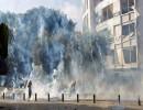 اشتباكات مع المحتجين وسط بيروت