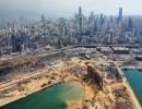 آثار الدمار الذي خلفه انفجار بيروت على مرفأ بيروت