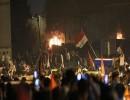 شاهد : محتجون يغلقون طرقاً تؤدي لمعبر وميناء حيويين جنوبي العراق