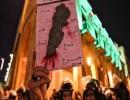 اللبنانيون يواصلون التظاهر ويطالبون بحكومة غير حزبية