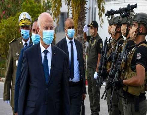 رئيس تونس يحذر مجددا من محاولات تسلل للأجهزة الأمنية