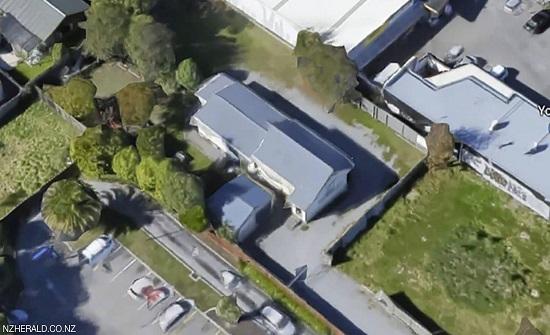 """مذبحة نيوزيلندا تكشف عن بطولة نادرة لـ""""خادم المسجد"""""""