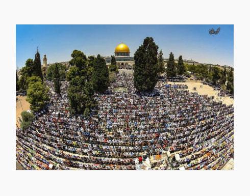"""200 ألف يؤدون صلاة الجمعة الثانية من رمضان في """"الأقصى"""""""