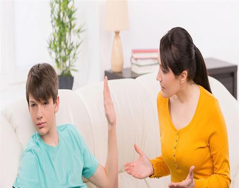 3 أسباب وراء هروب المراهق من التواصل معكِ
