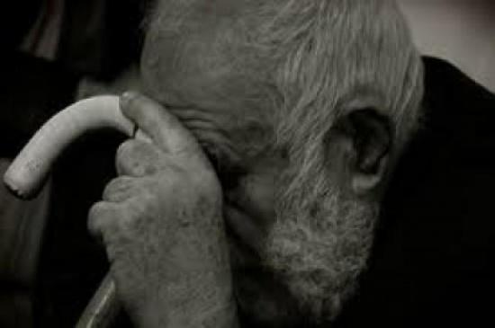 الإفتاء الأردني : لا يحق للأب أن يرجع عن الديون التي أسقطها عن ولده