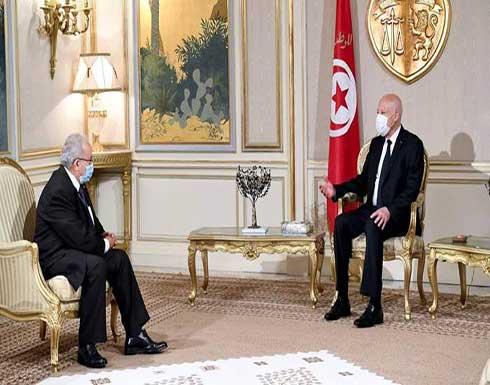 وزير الخارجية الجزائري يسلم الرئيس التونسي رسالة من الرئيس الجزائري