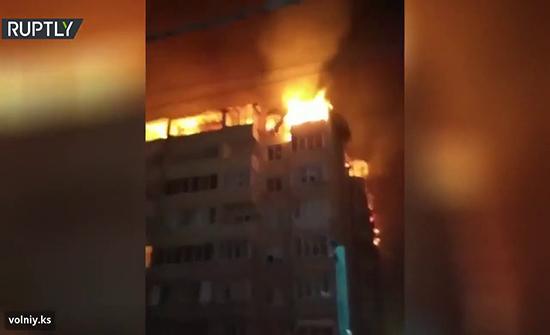 شاهد : حريق هائل في كراسنودار الروسية