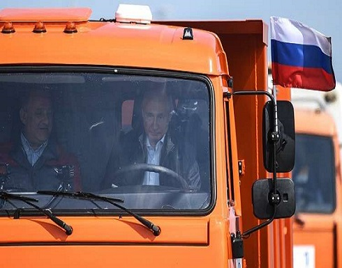 بيسكوف: بوتين لديه رخصة قيادة شاحنات!