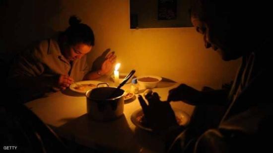 ما سبب الرغبة الجامحة في تناول الطعام ليلا؟