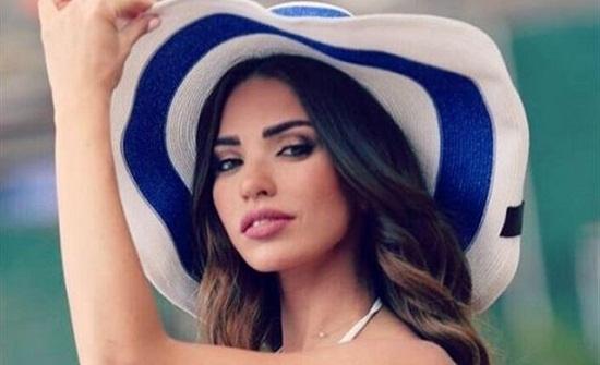 داليدا خليل ترقص في شوارع بروكسيل مع إعلامي لبناني (فيديو)