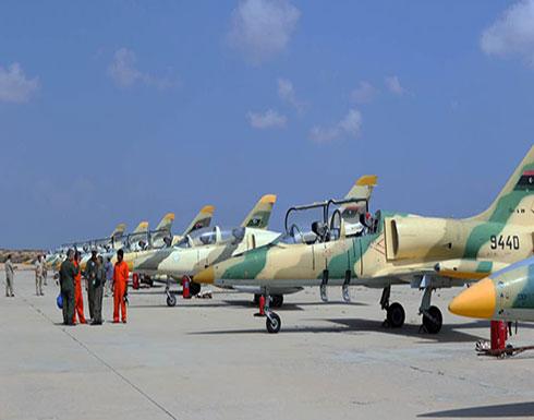 """""""الجيش الوطني"""" يقصف مواقعاً بمصراتة بينها الكلية الجوية"""