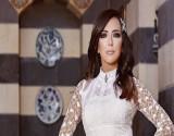 بالفيديو- أغنية حزينة في عيد ميلاد أمل عرفة.. ولحظات مؤثرة مع إبنتيها