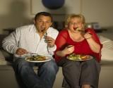 العلم يجيب: لماذا يزيد وزنك بعد الارتباط؟