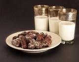 رجيم التمر والحليب لخسارة 3 كيلو في اسبوع