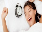 هل يساعد النوم على اصلاح مشاكل البشرة؟