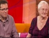 تكبره بـ39 عاماً ورغم هذا يعيشان حياة زوجية سعيدة جداً... التفاصيل مدهشة