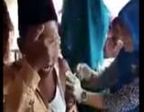 بالفيديو : طالب يردد الشهادة خوفا من الموت بسبب حقنة