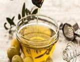 كيف يساعد زيت الزيتون على حرق السعرات الحرارية؟