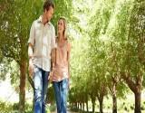 7 فوائد للمشي مع زوجكِ