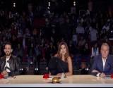 """على مسرح """"Arabs Got Talent"""".. متسابق كاد أن يختنق (فيديو)"""