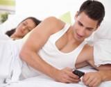 عندما يصبح زوجك في هذه السن... انتبهي من خيانته لك!