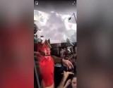 بالفيديو : ليفربول يبلغ الشرطة: صلاح يستخدم هاتفه أثناء القيادة