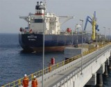 صادرات النفط السعودية لأمريكا ستهبط 300 ألف برميل يومياً هذا الشهر