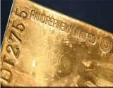 الذهب يستقر بعد تكبده لأكبر خسارة