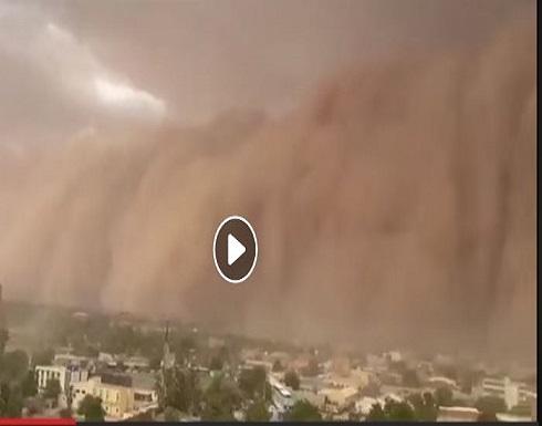 بالفيديو : عاصفة رملية تحاصر عاصمة النيجر