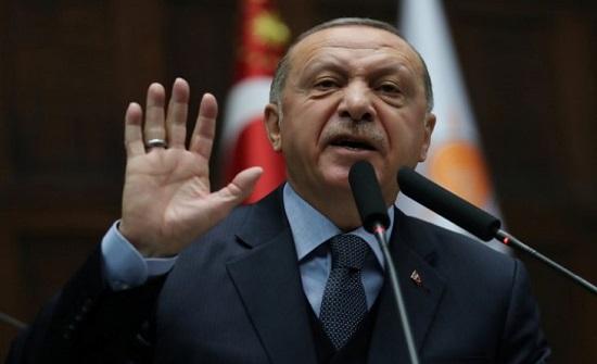 أردوغان: لا يمكن قبول تصريحات مستشار ترامب عن المقاتلين الأكراد