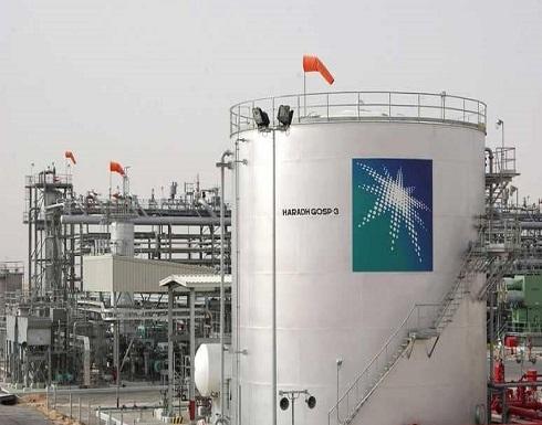 النفط يرتفع بدعم من تخفيضات أوبك واستقرار الأسهم