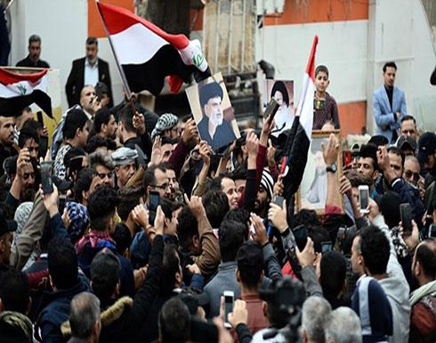 مقرب من الصدر يدعو أنصاره للعودة إلى منازلهم أو التوجه إلى الساحات لحماية المتظاهرين