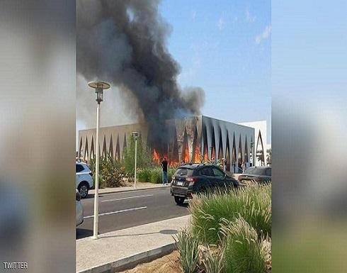 بالفيديو.. حريق كبير يلتهم قاعة مهرجان الجونة عشية الافتتاح