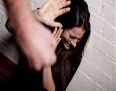 عاملان يغتصبان ربة منزل ويصوران الجريمة بالفيديو !!