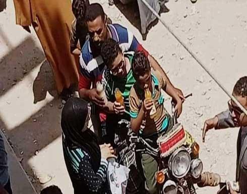 """علاقة آثمة.. مصرية تقتل أطفالها الثلاثة من أجل """"صديقها"""" (صورة)"""