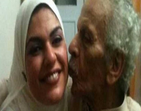 ابنة أحمد فؤاد نجم توضح سبب خلعها للحجاب