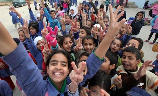 الاثنين : 165 ألف طالب وطالبة بالصف الثالث يخضعون لاختبار تقييم