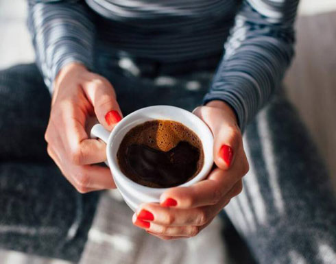 أضيفوا هذا المكوّن إلى قهوة الصباح واحرقوا الدهون من دون تعب