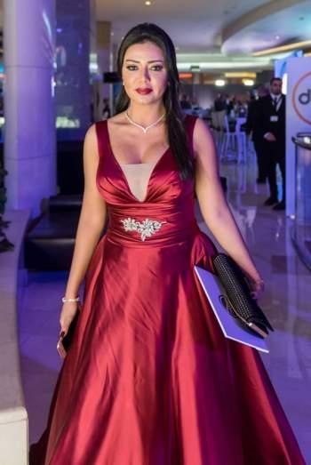 رانيا يوسف بالشفاف وهكذا بدت – بالصور