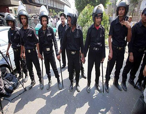 مصر.. قرارات بالحبس بقضية رئيس مصلحة الجمارك