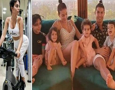 جورجينا تلمح مجددا بحملها بالطفل الخامس لرونالدو (صور)