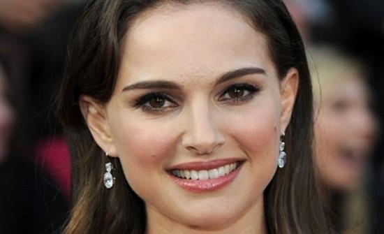 ممثلة يهودية ترفض مليون دولار جائزة من إسرائيل