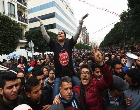 الجيش التونسي يستنفر عناصره لحماية المقرات السيادية