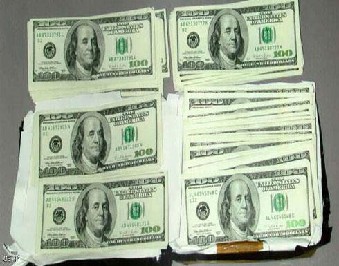 الدولار يبدأ أسبوعا جديدا في مصر.. بتراجع