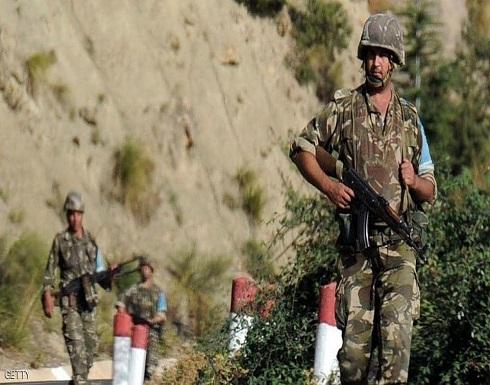 """الجيش الجزائري يعلن عن تدمير """"مخبأ للإرهابيين"""""""