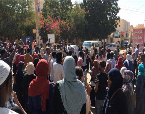 مظاهرات حاشدة في القضارف السودانية (شاهد)