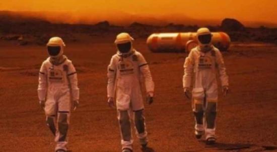 طلبة يزرعون خضروات على المريخ وهم على الأرض!